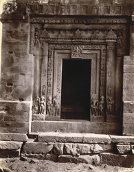 Close view of doorway on west face of the Dashavatara Temple, Deogarh 1003749